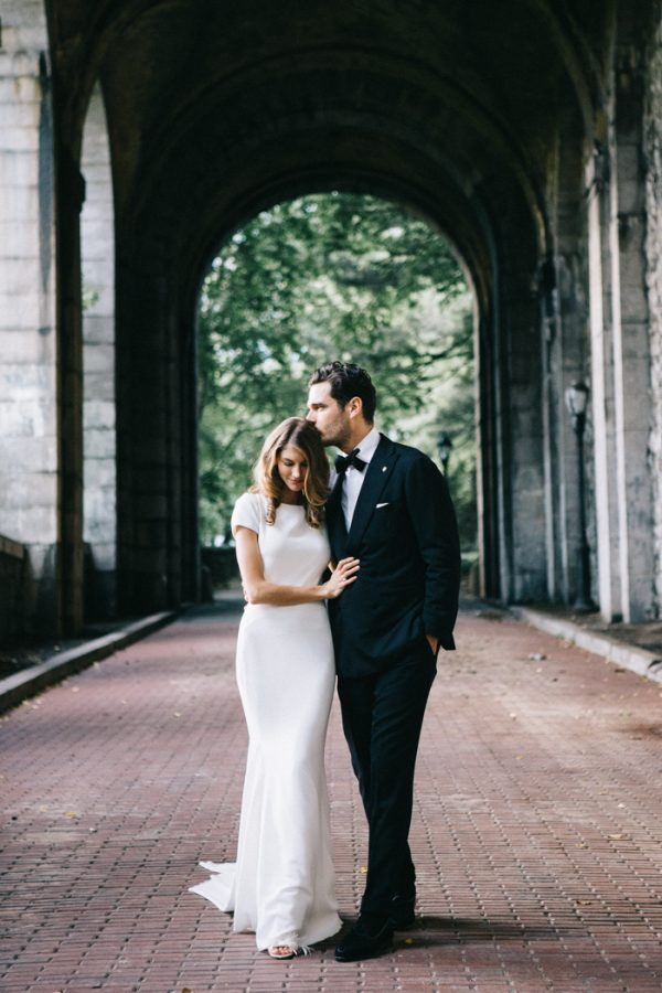 After Having Lunch At New Leaf Restaurant A Few Years Prior To Visiting Fort Tryon Park It Was Fate That Led Gina And Jislain Planning Their Wedding