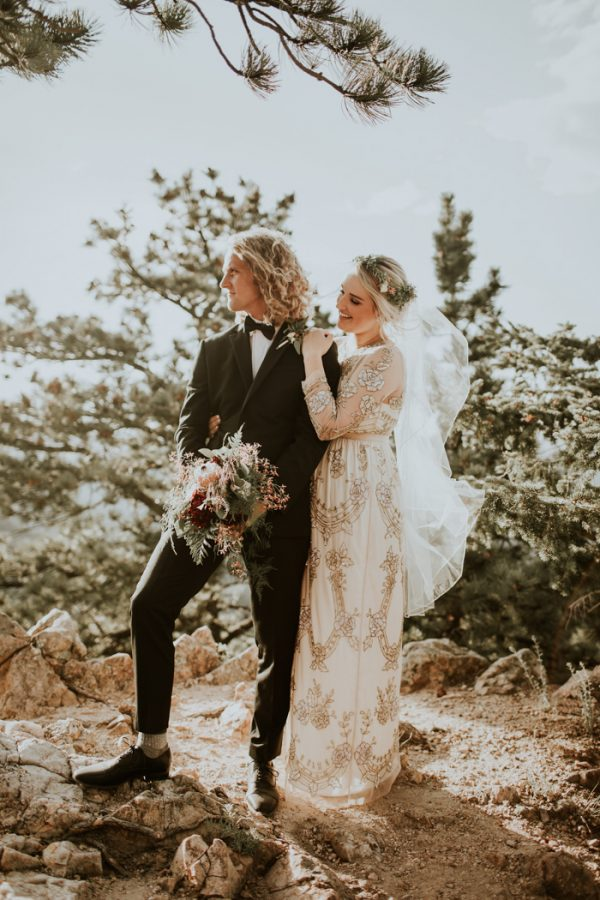 Stylish earthy colorado wedding at chautauqua park junebug weddings after a couple of years doing the long distance thing blair and blake decided to have their destination wedding at chautauqua park in boulder colorado junglespirit Image collections