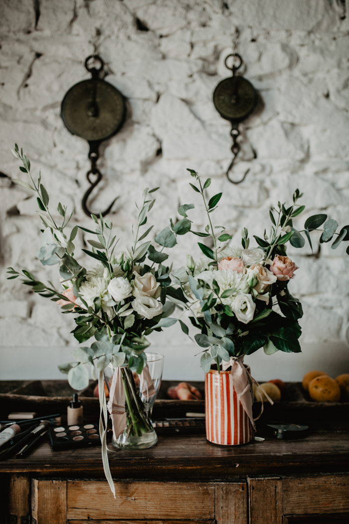 Effortless tuscany destination wedding at the lazy olive junebug the internet blogs and instagram have made planning a destination weddings so easy most blogs credit suppliers so we quickly got an idea of the most junglespirit Image collections