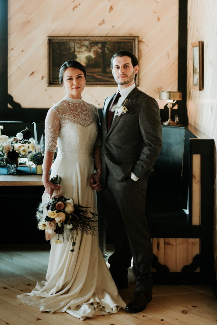 Rugged Chic Fall Wedding Inspiration at Scribner's Catskill Lodge