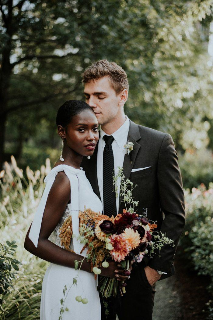 This Stunning Chicago Wedding Portrait Inspiration Created By Allie El Photography Features A Refreshingly Modern Take On The Downtown Urban Bride
