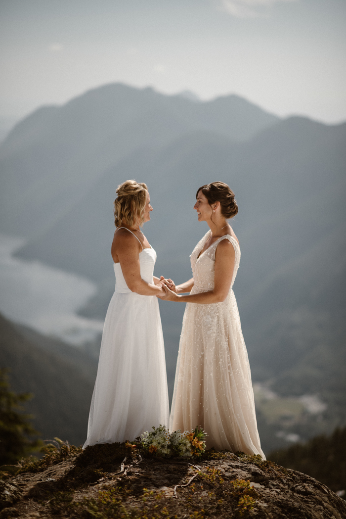 This Tofino, British Columbia Elopement Features Mountains, Beaches, and a Helicopter