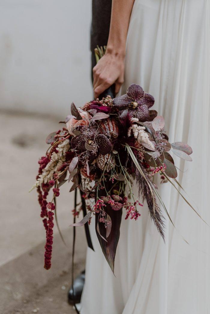 Burgundy And Black Fall Wedding Inspiration At Papiermuhle Homburg Junebug Weddings