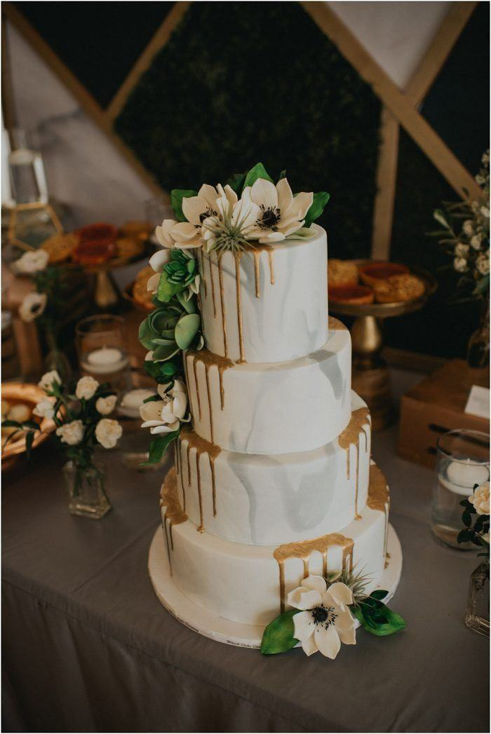 modern wedding cakes 2018 9 sweetest wedding cake trends for 2018 junebug weddings 17480