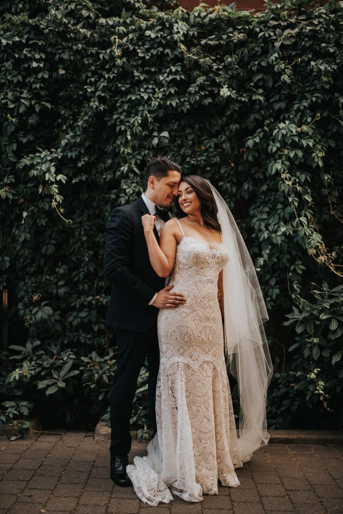 Dreamy Downtown Portland Wedding at Urban Studio | Junebug Weddings