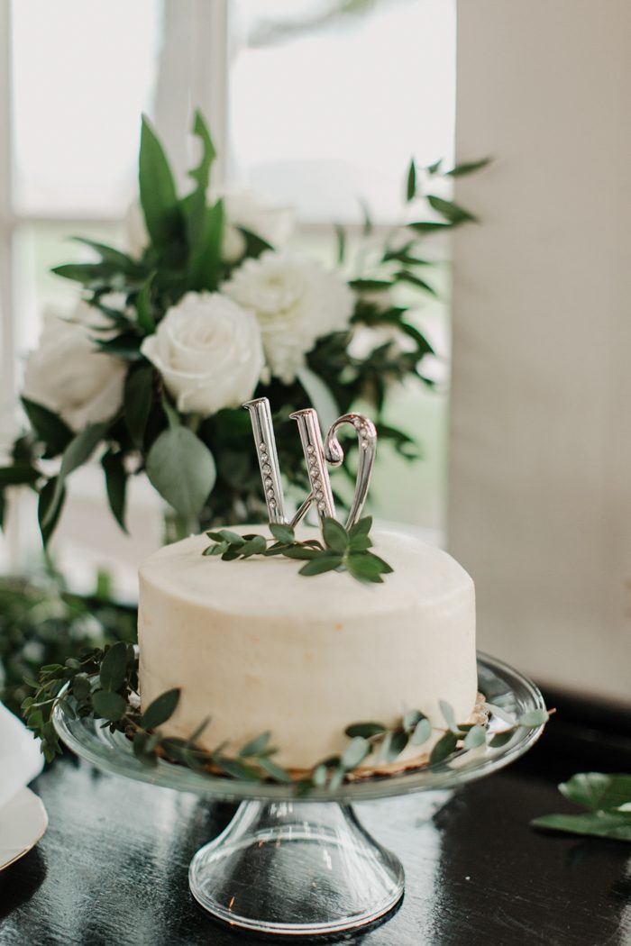 Minimalist Wedding Cake Cost