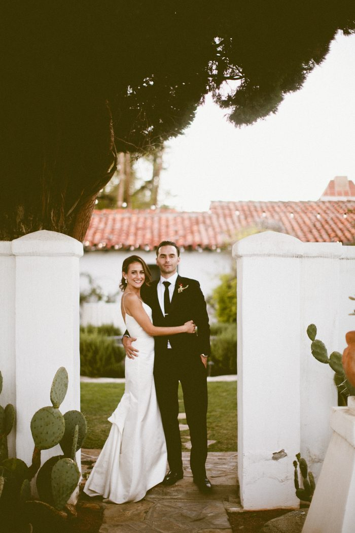 Casey And Erik S La Chureya Wedding Featured Glamorous Vintage Inspired Décor A Thoughtful Ceremony Full Of Sentiment Soul An Unforgettable Dance