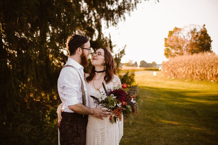 Corinne And Gordon S Outdoor Wedding At Montagu Meadows Had All The Dreamy Free Spirited Vibes We Love With An Unexpected Retro Twist