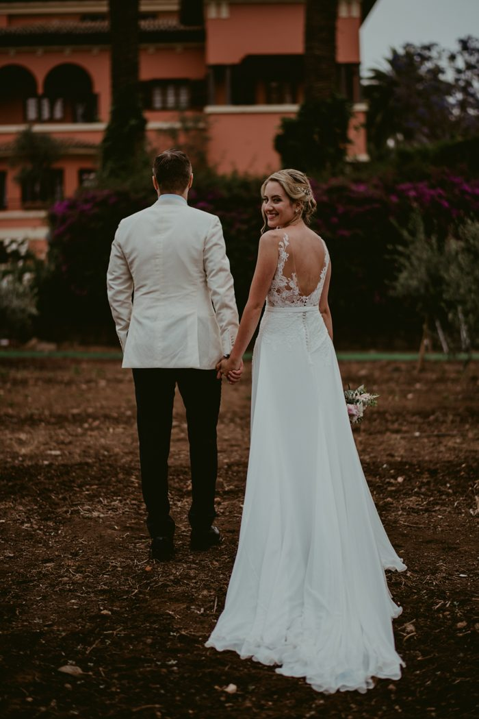 Positively Idyllic Canary Islands Wedding at El Escudero | Junebug ...