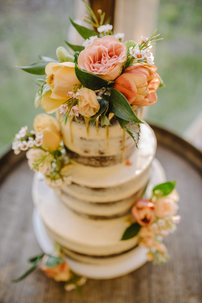 wedding cakes summerland there s a lot to in this rustic summerland 25555