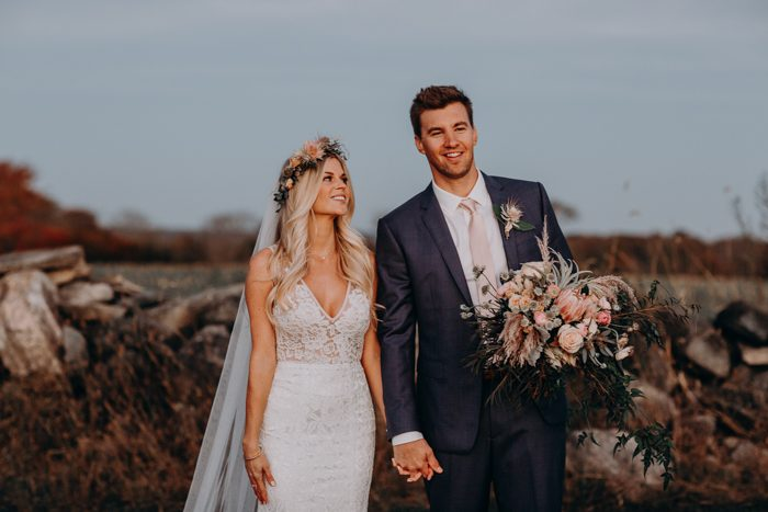 oh so romantic blush and ivory jonathan edwards winery wedding