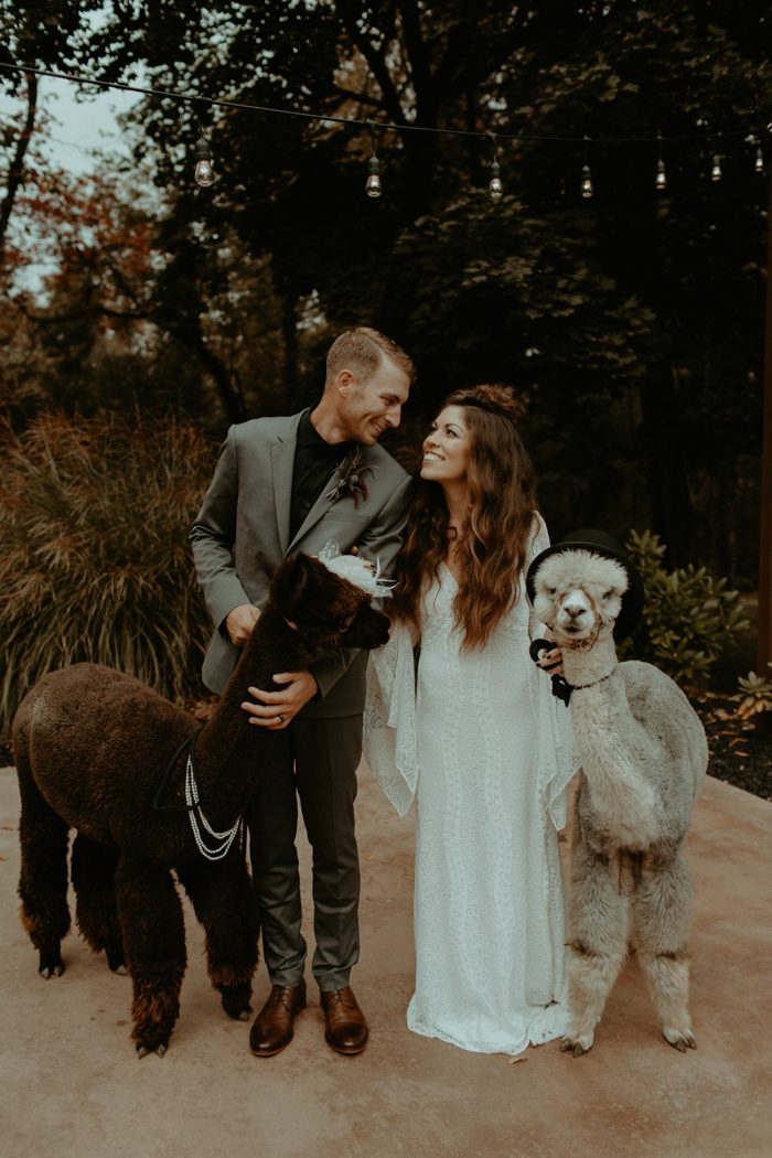 Bohemian wedding wedding blog posts archives junebug weddings trisha and kevins boho historic shady lane wedding is full of colorful and quirky charm with the help of simply events they completely transformed the junglespirit Image collections