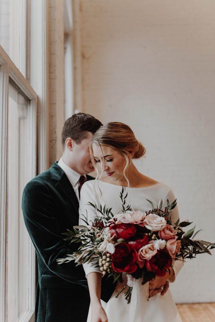Timeless Got a Chic Update in This Yale Union Wedding ...