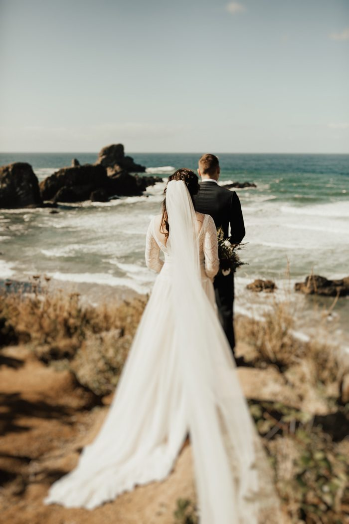 Cannon Beach Oregon The Most Important Part Of Planning Wedding Was Pulling In Sentimental Pieces From Our Relationship And Family Into