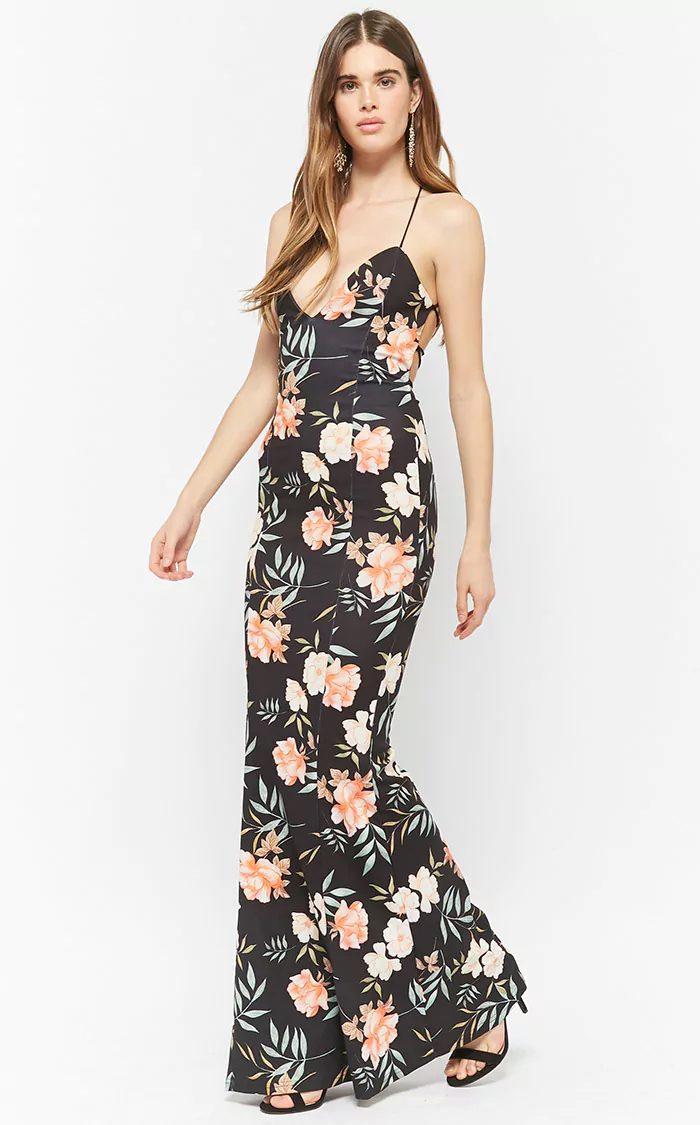 2125ea45e3 The Best Places to Buy Bridesmaids Dresses Online | Junebug Weddings