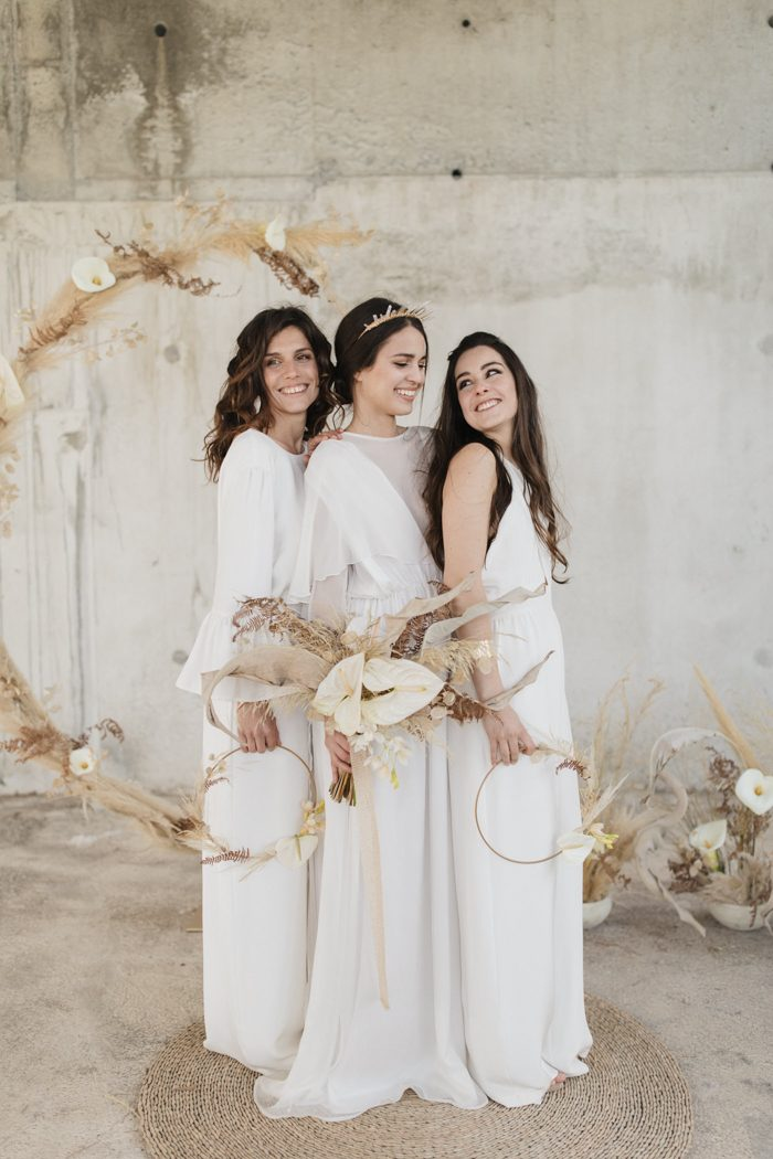 0a8cb4bb140 This French wedding inspiration at Château Saint Georges is equal parts  whimsical and modern. Mother and daughter team D amour et de Déco not only  styled ...