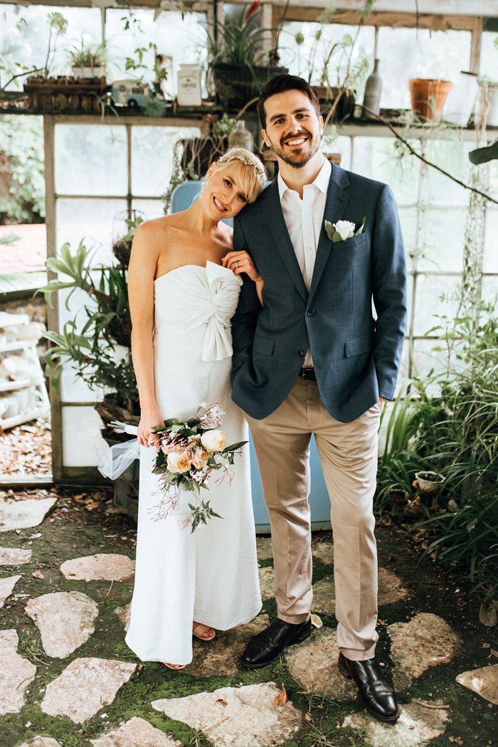 If You Re Feeling Those Laid Back Poolside Summer Vibes Going To Love Siena And Alex S Wedding At The Condor Nest Ranch