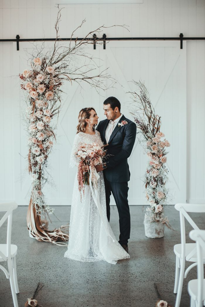 cb446f52978 This wedding inspiration designed by Foreva Events at Summergrove Estate  combined a minimalistic style with an ethereal color palette that would be  ideal ...