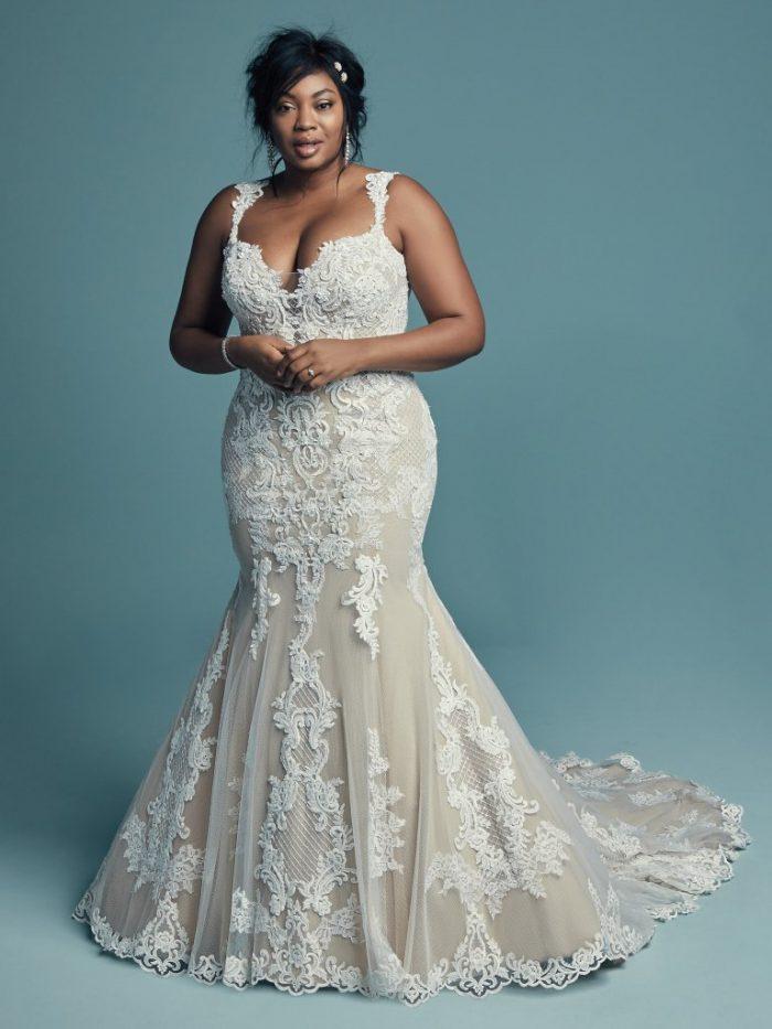 70 Stunning Plus Size Wedding Dresses for 2018-2019 Brides | Junebug ...