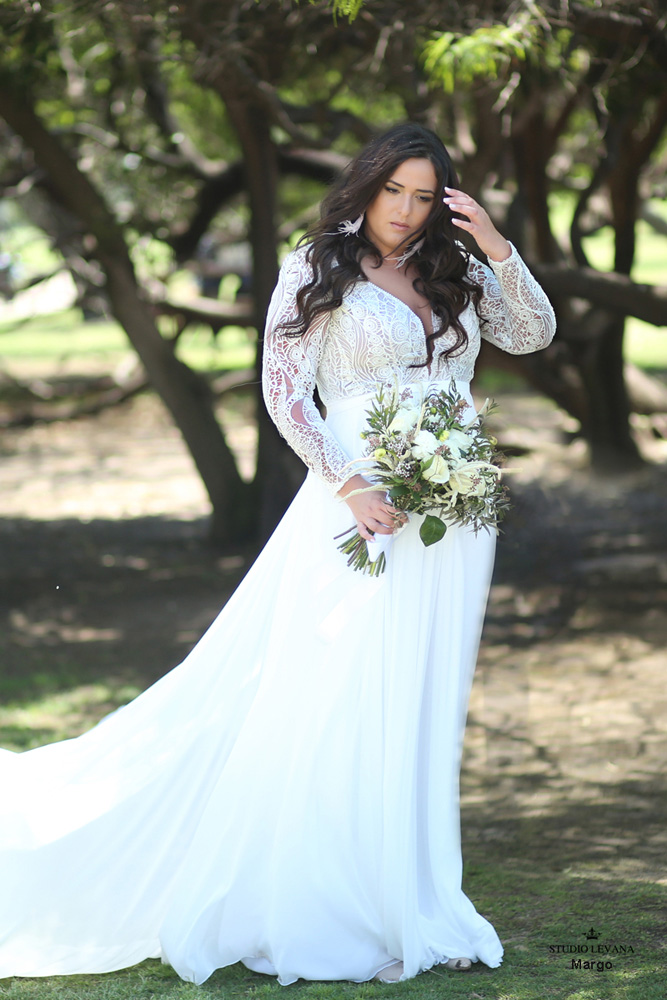 70 Stunning Plus Size Wedding Dresses for 2018-2019 Brides | Junebug ...