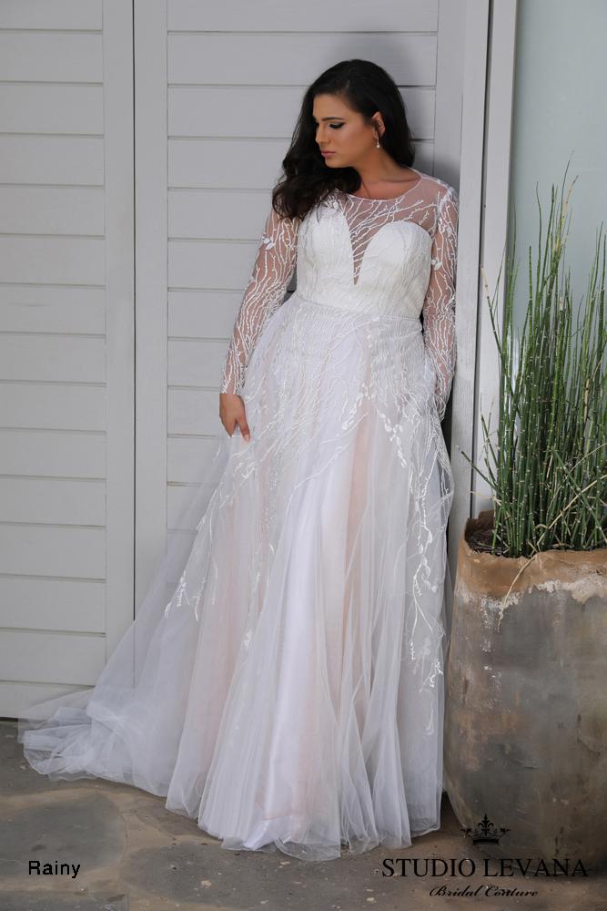 798a7d62 70 Stunning Plus Size Wedding Dresses for 2018-2019 Brides | Junebug ...