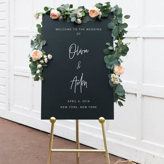 37 Etsy Wedding Welcome Signs That Will Help You Greet Your