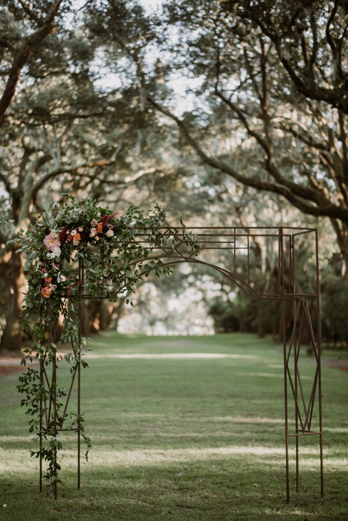 Legare Waring House Wedding | This Legare Waring House Wedding Is Pure Charleston Chic Junebug