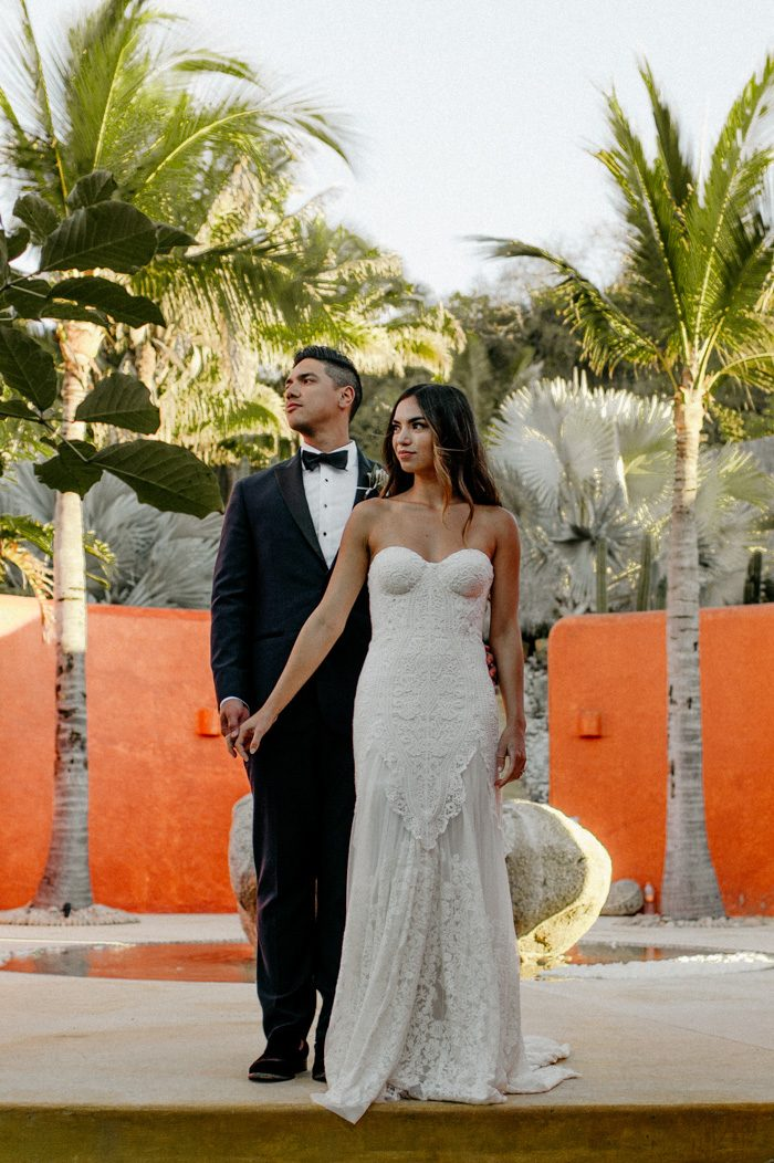 5f167e6d5cb This Couple Brilliantly Used White to Accent the Colorful Teitiare ...