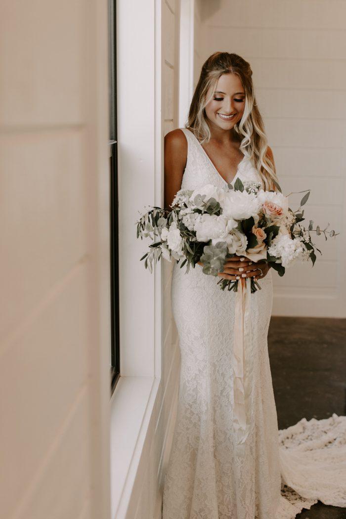 Chic Tulsa Barn Wedding At Dream Point Ranch Junebug Weddings