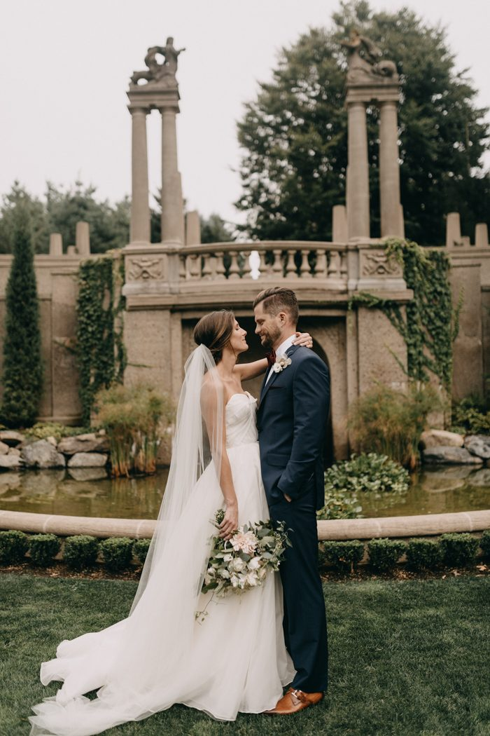 An Italian Garden Elegant Decor And Natural Fl Design Made This Machusetts Wedding At The Crane Estate Unforgettably