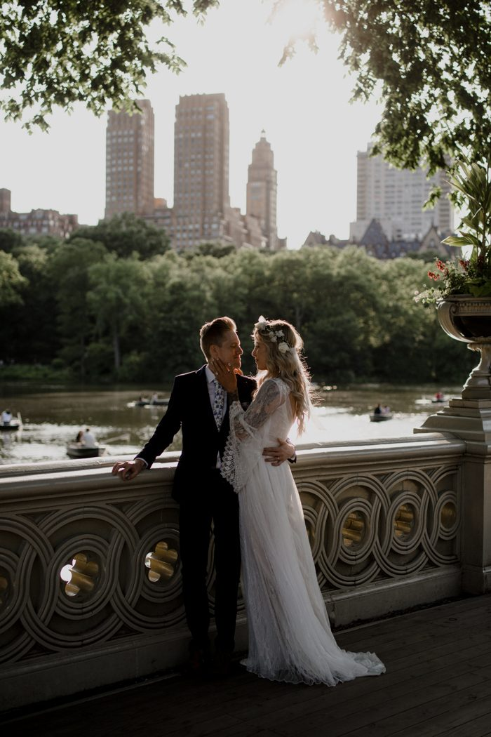 High Fashion Meets Carefree Boho In Kayla And Brennan S Manhattan Elopement As A Blogger Has Keen Sense Of Style It Comes Out Strong