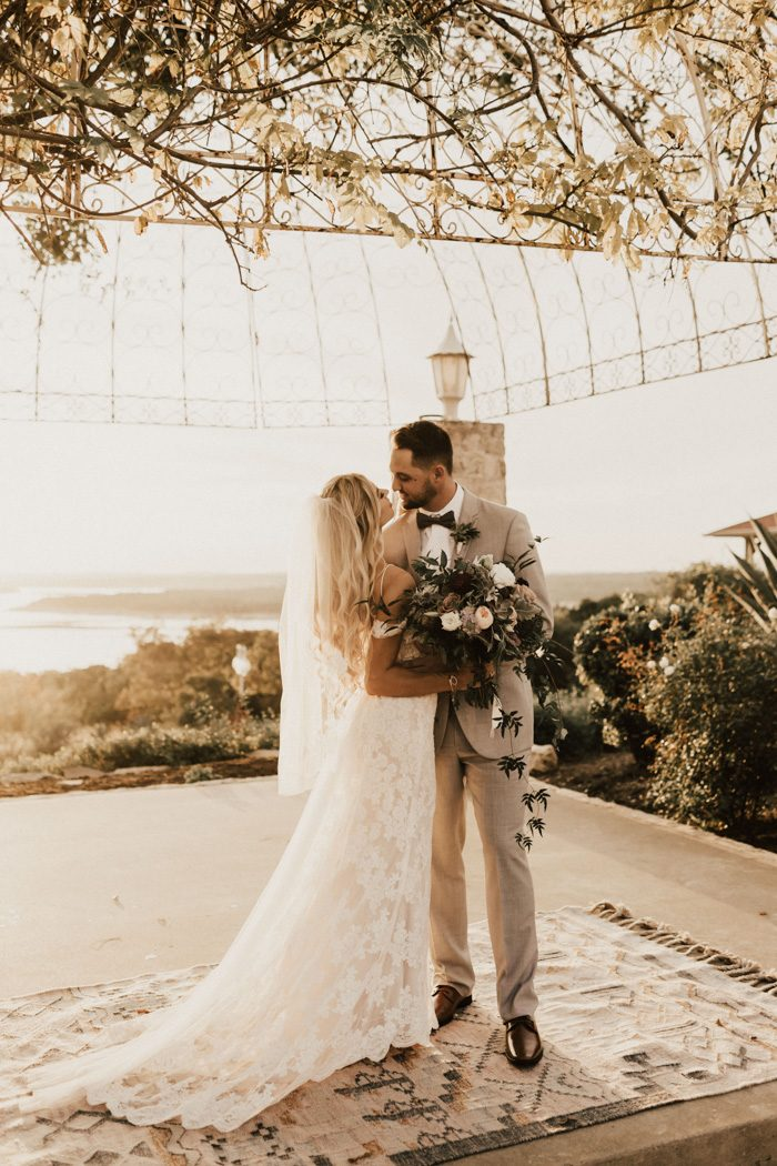 This Golden Vintage Villas Wedding Is A Classic Boho Dream