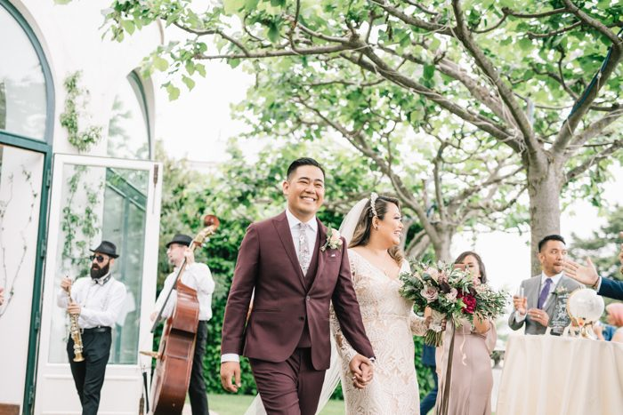 Wedding blog for real wedding ideas inspiration junebug weddings we had the neapolitan quintet playing live cheerful upbeat music as the guests walked in once they walked in they were welcomed by a beautiful view of junglespirit Choice Image