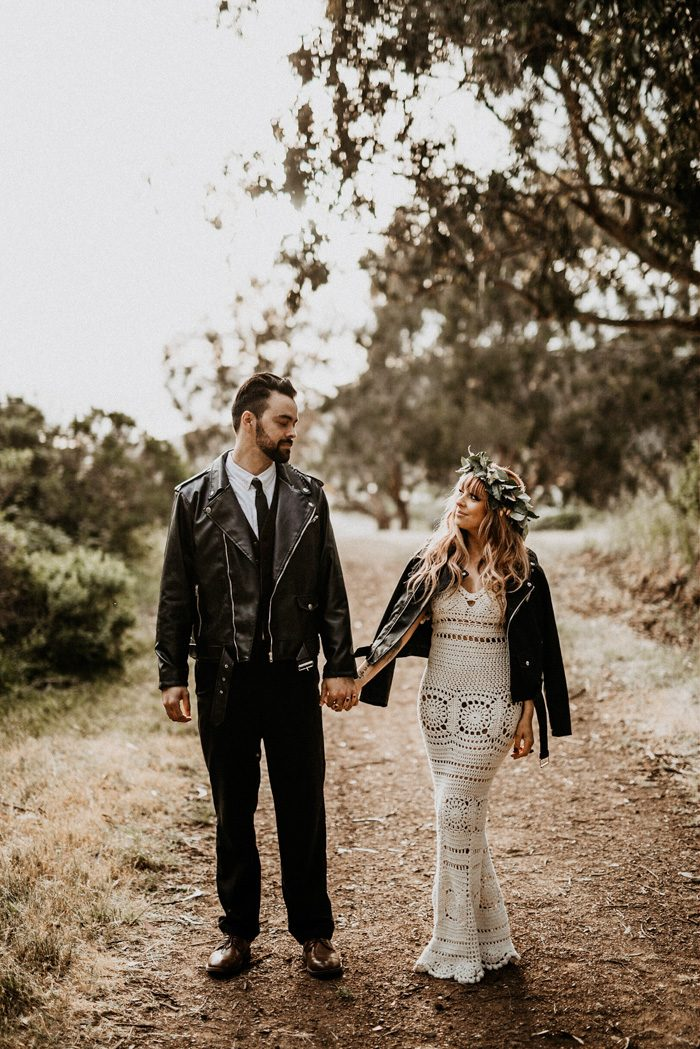 This Earthy Elopement Inspiration Celebrates The Summer