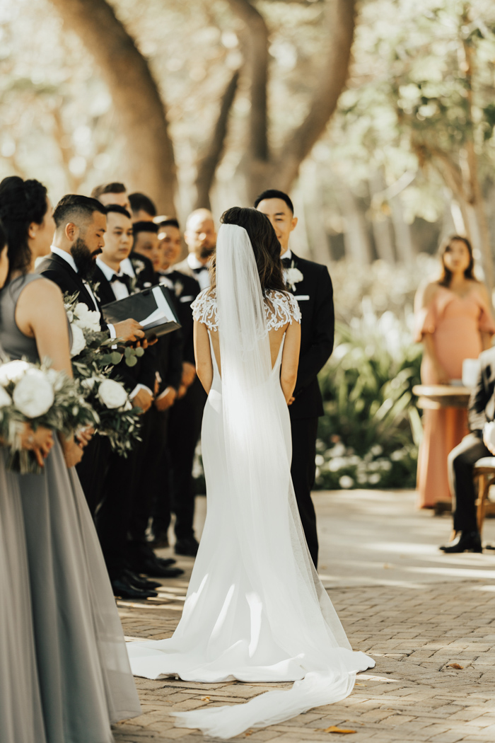 This Olowalu Plantation House Wedding Proves That Timeless ...