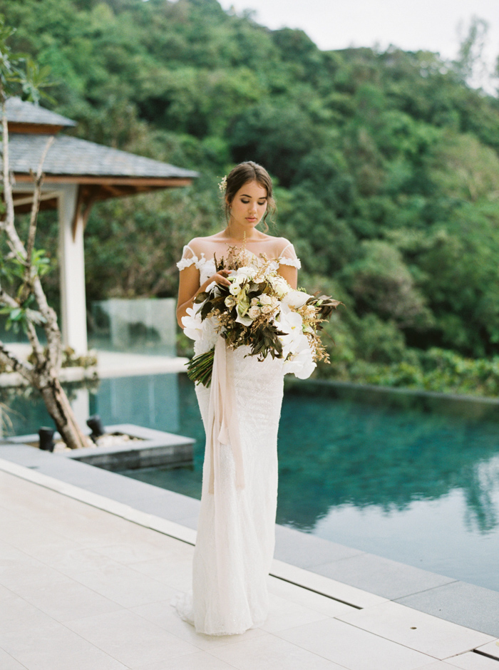 This Minimalist Wedding Inspiration Proves That Thailand Is