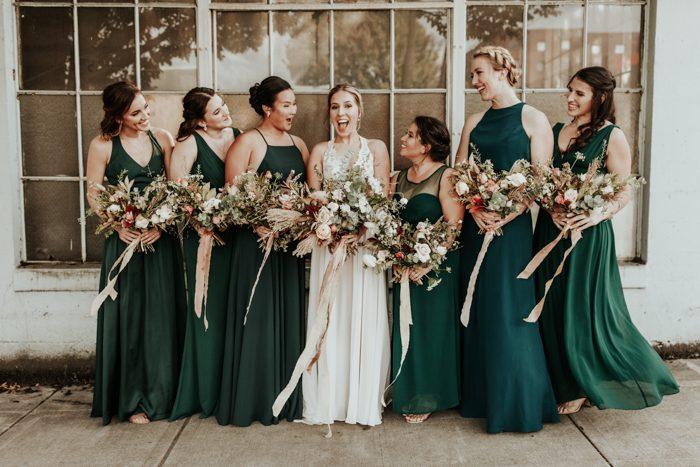 7 Striking Emerald Wedding Color Palettes Junebug Weddings