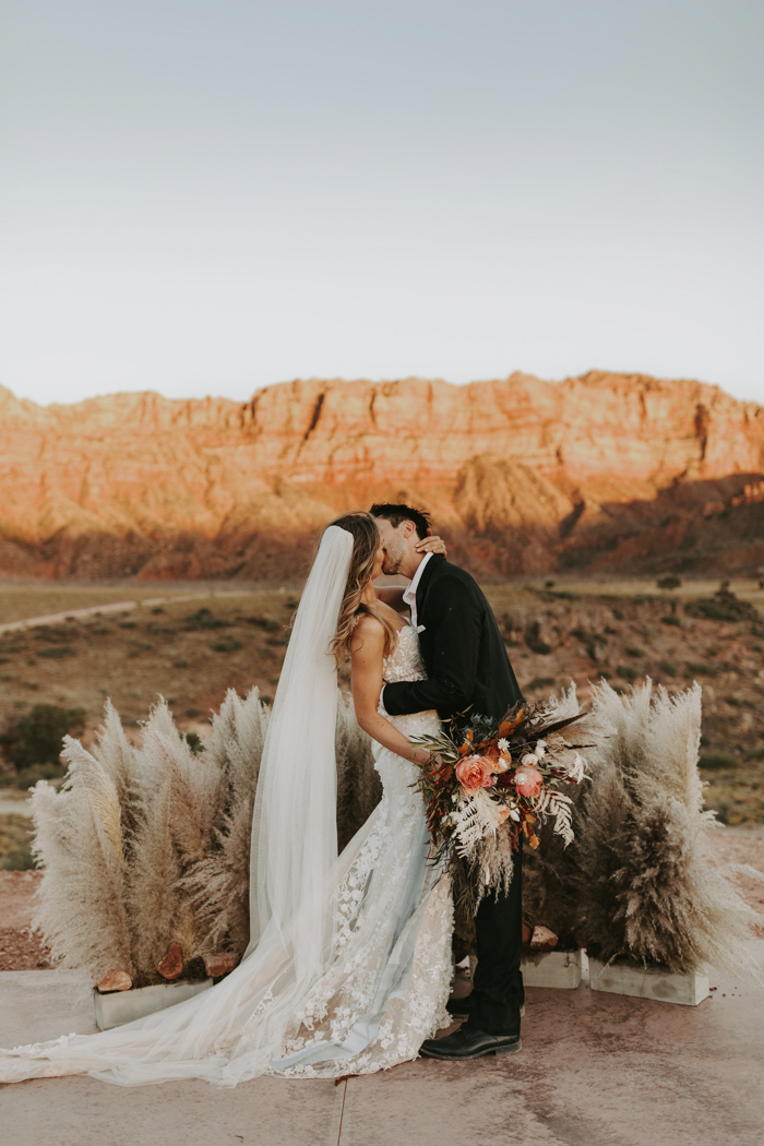 This Desert Glam Wedding At Under Canvas Brought The Boho