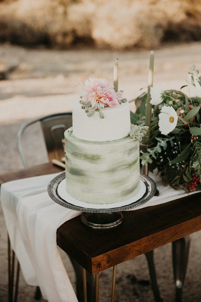 8 Enchanting Wedding Cake Trends For 2019 Junebug Weddings