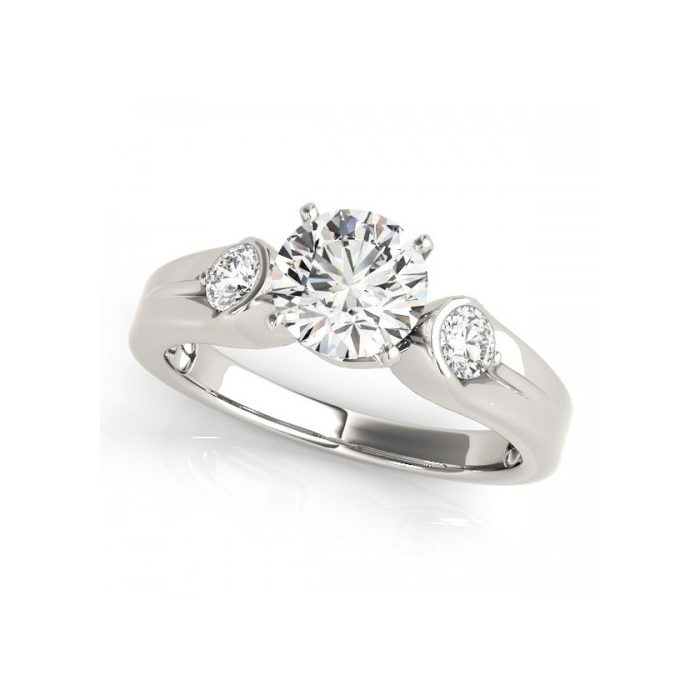 Designing Your Own Lab-Created Diamond Engagement Ring Online Starts