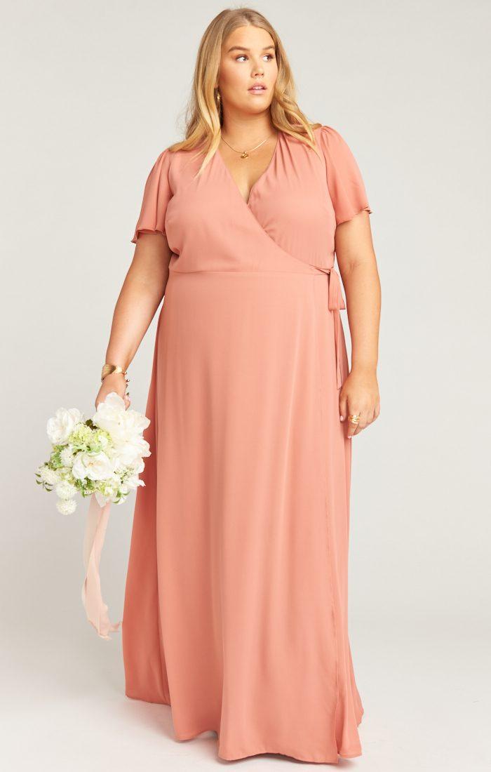 33f45f3b45a1c The Best Places to Shop for Plus Size Bridesmaids Dresses | Junebug ...