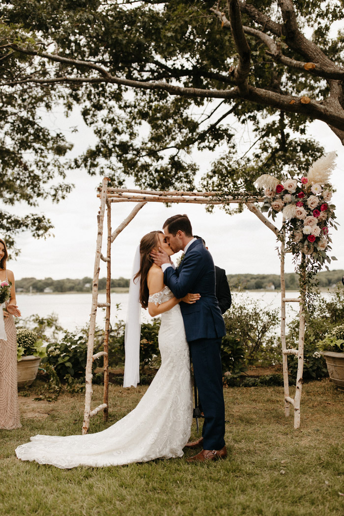 This Waterfront Shelter Island Wedding