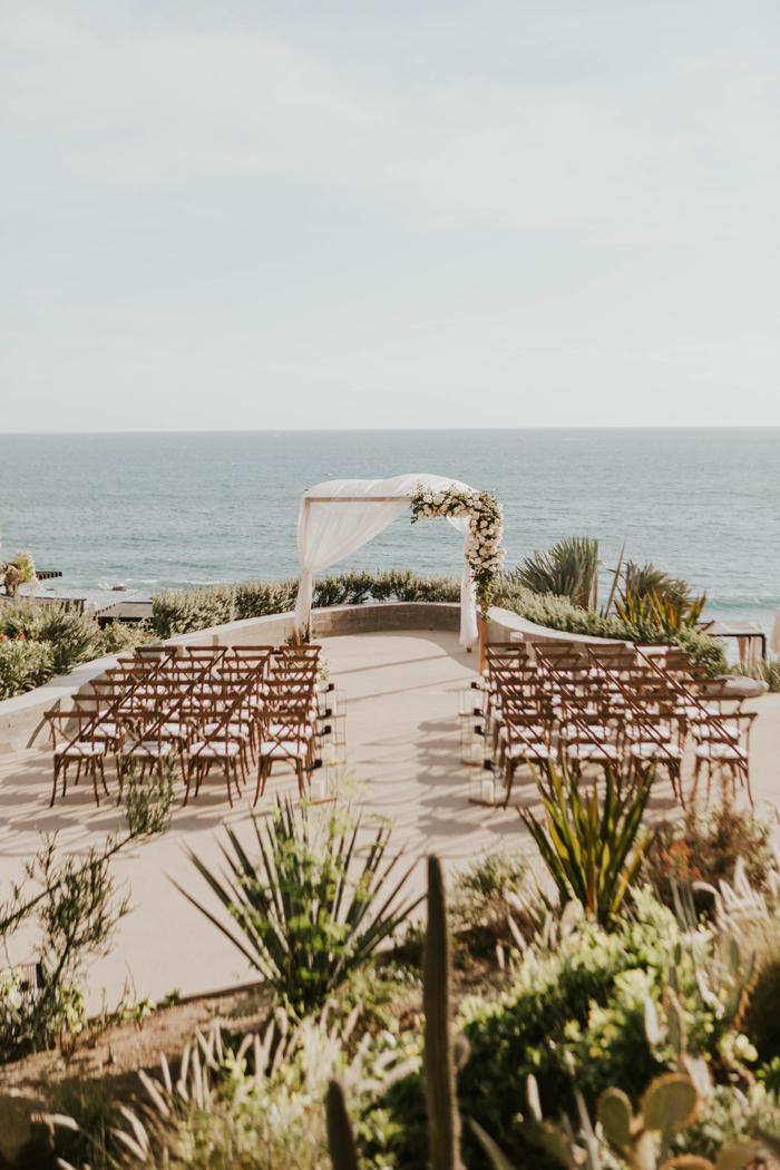 Dreamy Coastal Wedding Decor Ideas to Tie the Knot, intimate glam cabo wedding cape hotel asha bailey photography 45