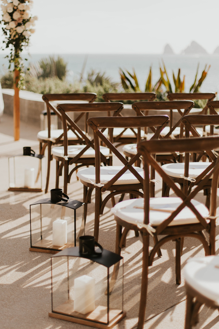 Dreamy Coastal Wedding Decor Ideas to Tie the Knot, intimate glam cabo wedding cape hotel asha bailey photography 50